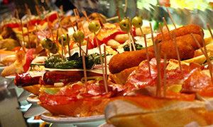 Catering Zeeland - schalen_met_hapjes